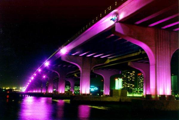 macarthur-causeway-bridge-1-miami-fl & MacArthur Causeway Bridge | Brilliant Lighting Design azcodes.com